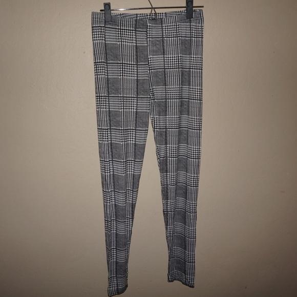 942ff111e4f3ef Boohoo Pants   Dogtooth Jersey Leggings   Poshmark